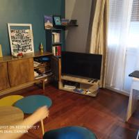 Cozy apartment for 4 people near Buttes Chaumont