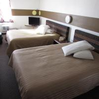 Kennewick Suites