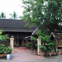 Villa Lao Wooden House