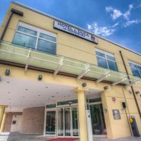 杜卡德尔蒙特费尔特罗酒店