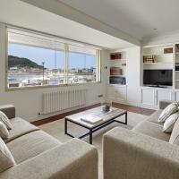 Playa de La Concha 3 Apartment by FeelFree Rentals