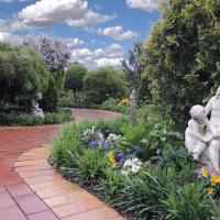Tranquil Gardens Bairnsdale