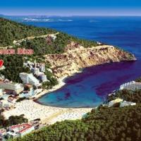 Apartamentos Cala LLonga Playa