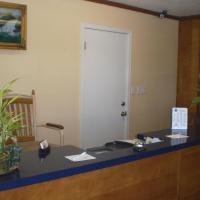 Super 7 Inn-Siloam Springs