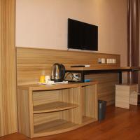 Eaka 365 Hotel Changli Railway Station