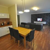Apartment Jeseniova 90m2 with Garage