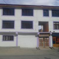 Saqi Hotel And Restaurant Kargil