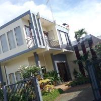 Sudji's House