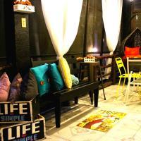 Mountain Breeze Hostel - Tagaytay Center