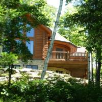 Chalet Tree House