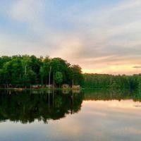 Lake Myers Lakeside Villa 23