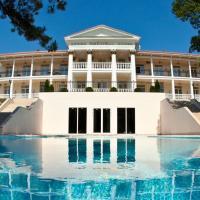 Отель Imperial & Champagne SPA
