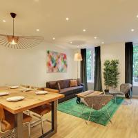 Pick a Flat - Champs Elysees / Percier Apartment