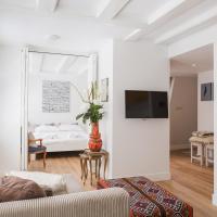 House of Arts – City Centre Apartment