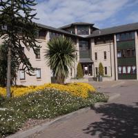 Fraser Court
