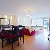 Private Apartment Relax Lincoln (4532)