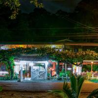 Hotel La Isla Inn