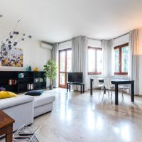 Three bedrooms apartment in Milan