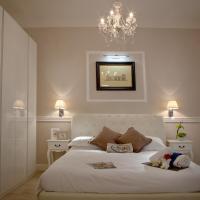 White Iris Florence Apartment