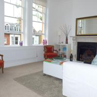 Kew Richmond Apartment