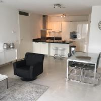 Calypso 2 bedroom apartment with parking 692*Non Smoking*