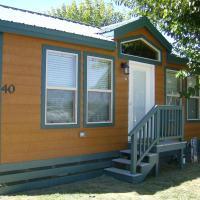Lake Minden Camping Resort Cottage 4