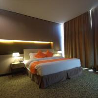 Grand Alora Hotel