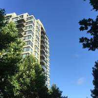 Richmond Hemlock Apartment