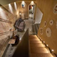 Art Suite Luxury Apartment