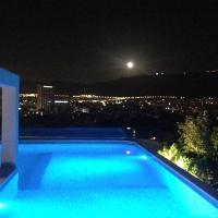Lycabettus Penthouse with Roof Garden & Pool