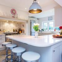 Veeve - Bright and Beautiful Richmond Home