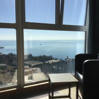 Апартаменты с видом на море на 24 этаже