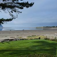 Big House - Little Beach