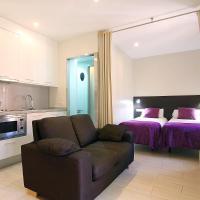 ClassBedroom Apartments I