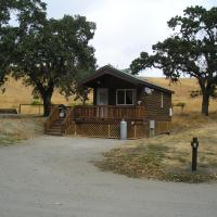 San Benito Camping Resort One-Bedroom Cabin 3