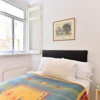 Flat in Rostrevor Mansions