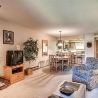Two-Bedroom Atrium Condo 106