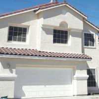 Near Downtown, Fremont, Strip, Pool & Spa-Hot-tub, Great Property for Colleagues, Family & Friends