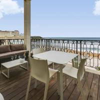 Apartment with a Terrace on Biarritz' Beach
