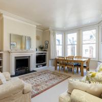 Two Bedroom Apartment Near Hampstead