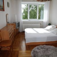 Two Bedroom Apartment near King`s Gate