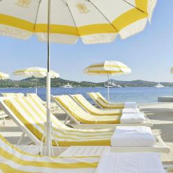 Beach Hotels  4 beach hotels in Porto Pino