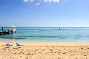 Image of Sandyport Beach