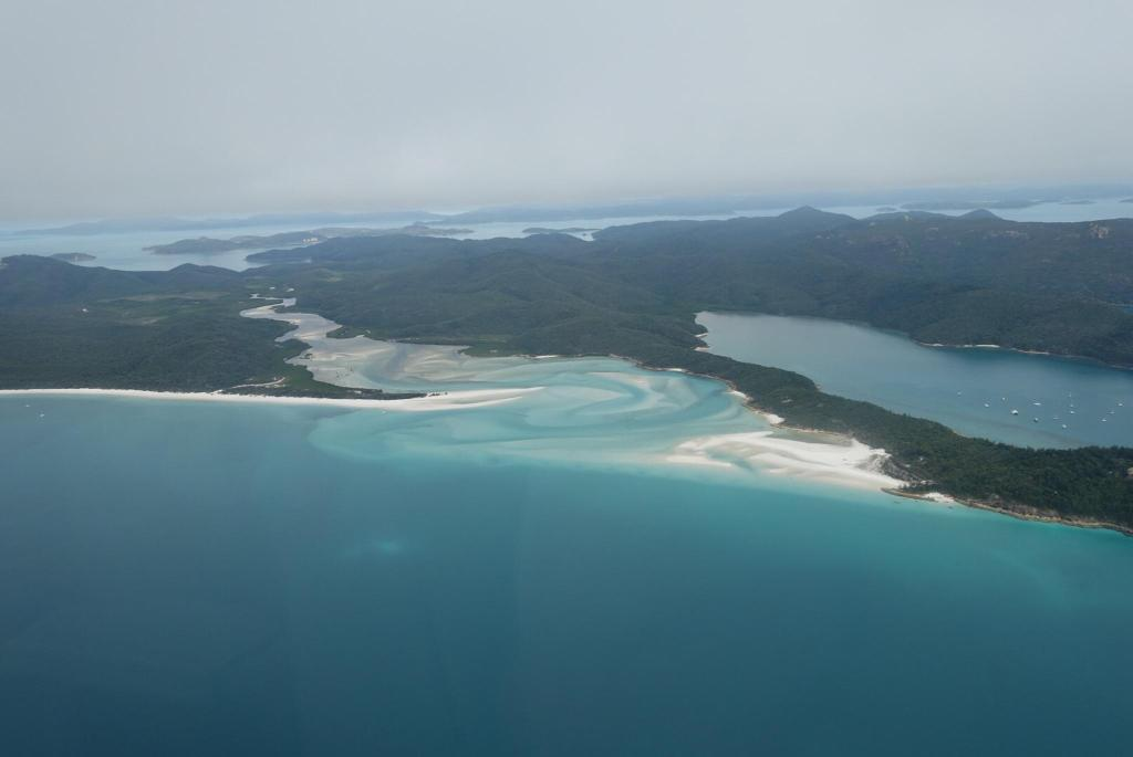 coral sea resort airlie beach australia. Black Bedroom Furniture Sets. Home Design Ideas