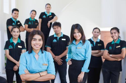 Krabi Riviera Team