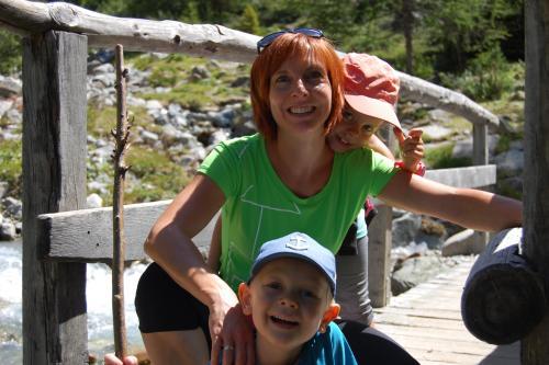 Petra Patscheider mit Kindern ( Emilia & Florian)