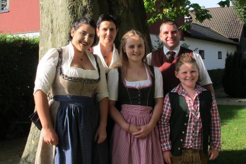 Ihre Gastgeber - Familie Schwaighofer