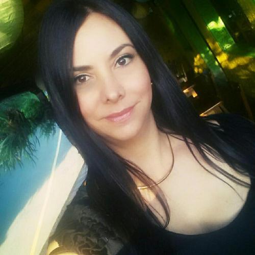 Paula Jaramillo Destouesse