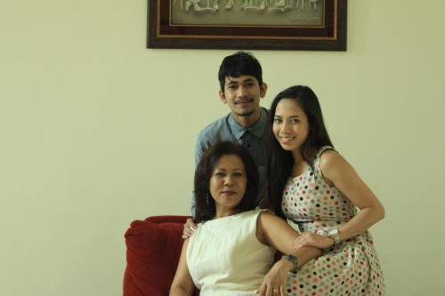 Ibu Helen, Cyndy & Kiki
