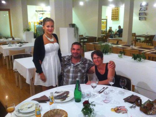 Susanne, Roland und Sara Hillbrand